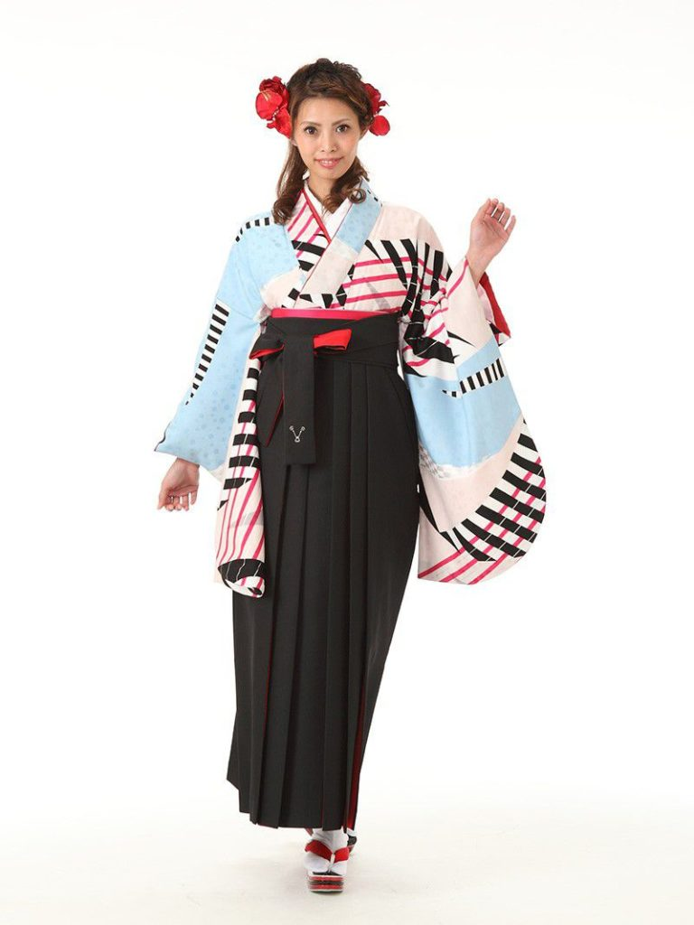 R1337 まきやす・衣裳(ウエディング・ふりそで・袴など)のレンタル(豊川・豊橋・岡崎・東浦)